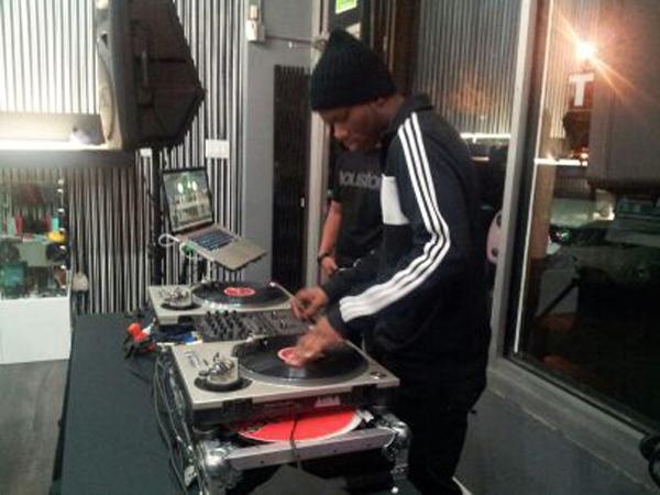 DJ Mo Beats